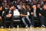 http://img45.imagevenue.com/loc1151/th_75648_Zac_at_Lakers_Nov_21_2008-14_122_1151lo.jpg