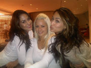 The Bella Twins & Maryse - Twitter Pic 11/03/10