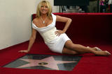 Suzanne Somers 200 tagged and 42 untagged pics in rar-file Foto 14 (������ ������ 200 � ������� 42 ������������ ���������� � RAR-������ ���� 14)