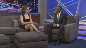 Alyssa Milano - The Arsenio Hall Show (2013-12-04), 720p