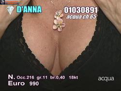 [IMG]http://img45.imagevenue.com/loc447/th_882277673_tduid300077_Joanna_Golabek_ingresso_27_10_201311copia_122_447lo.jpg[/IMG]