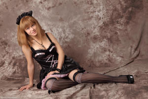 http://img45.imagevenue.com/loc463/th_232629558_Silver_Sandrinya_maid_3_051_122_463lo.jpg