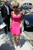 123mike HQ pictures of Victoria - Page 4 Th_02513_Victoria_Beckham_pretty_in_pink_15_123_516lo