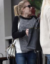Emma Roberts -  getting Lunch in LA 22 Nov 2013 -x6