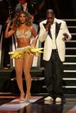 Бионс Ноулс, фото 1126. Beyonce Knowles, Performs at Fashion Rocks Concert 7sep 49HQ, foto 1126