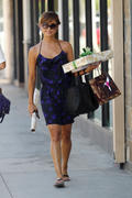 Vanessa Minnillo shopping in Sherman Oaks 8/26/10