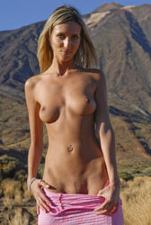Warm Naked Girls In Europe Pics